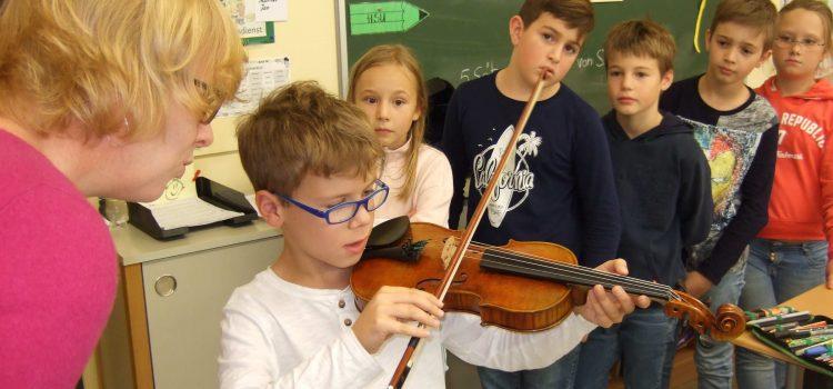 Wie wird eine Geige gebaut?